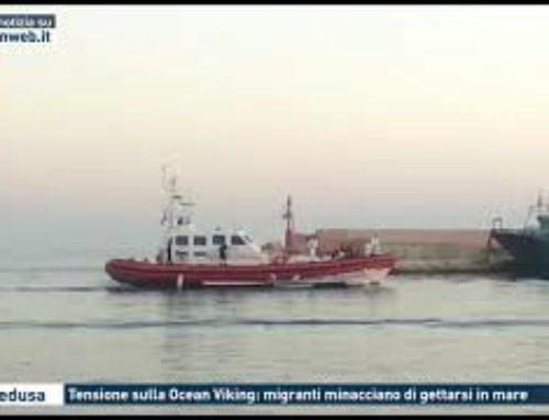 Lampedusa – Tensione sulla Ocean Viking. migranti minacciano di gettarsi in mare