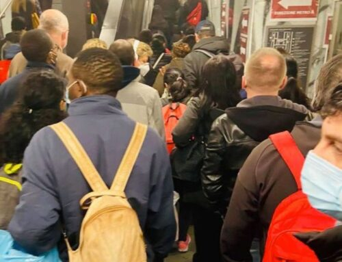 """Salvini """"Folla in metro a Roma e governo chiude luoghi sicuri"""""""