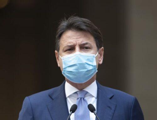 """Coronavirus, Conte """"Momento responsabilità, nessuno soffi sul fuoco"""""""
