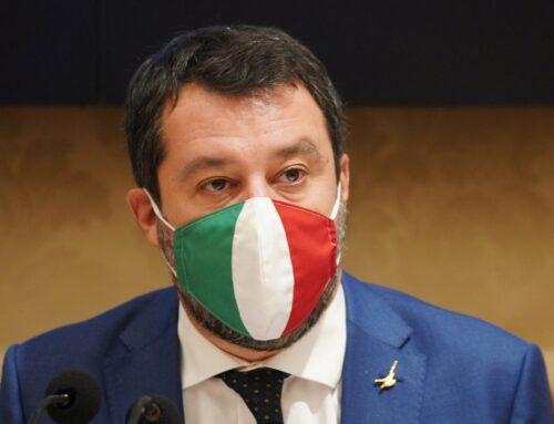 """Governo, Salvini """"Conte vive su Marte"""""""