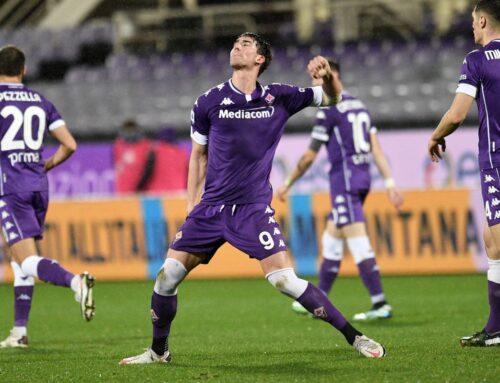 Fiorentina-Crotone 2-1, viola allontanano zona retrocessione