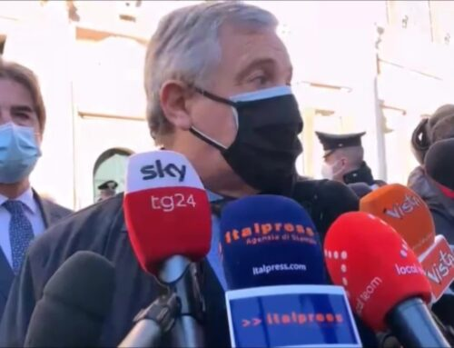 """Governo, Tajani """"No fiducia, ok scostamento bilancio e ristori"""""""