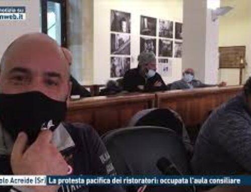 PALAZZOLO ACREIDE (SR) – LA PROTESTA PACIFICA DEI RISTORATORI: OCCUPATA L'AULA CONSILIARE