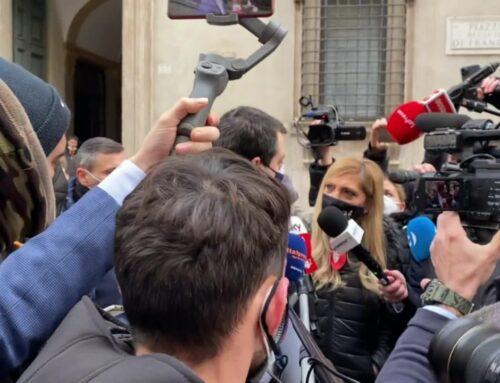 """Salvini """"Il Governo se la canta e se la suona da solo"""""""