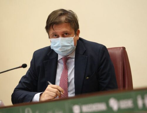 """Coronavirus, Sileri """"Dati migliorano, possibili riaperture a maggio"""""""