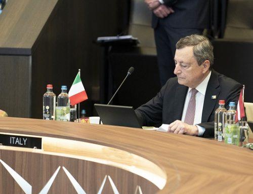 """Draghi """"Possibile rialzo Pil, obiettivo superare crescita pre-pandemia"""""""