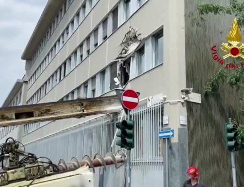 Crolla trivella a Milano, nessun ferito