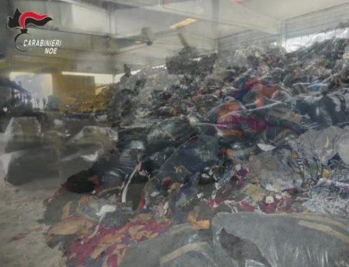Traffico illecito di scarti tessili, indagate 19 persone e 6 aziende