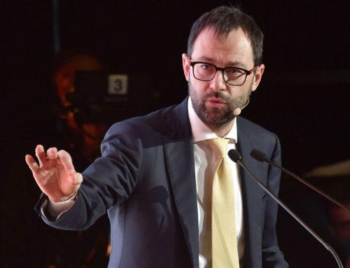"""Prosek, Patuanelli """"Ci opporremo ad errata e assurda decisione"""""""